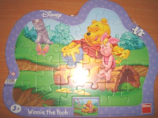 Puzzle deskové tvarované Medvídek Pú 25 dílků